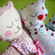 Kostenloses Schnittmuster: Ein Sommerkleidchen für die Kuschelmieze