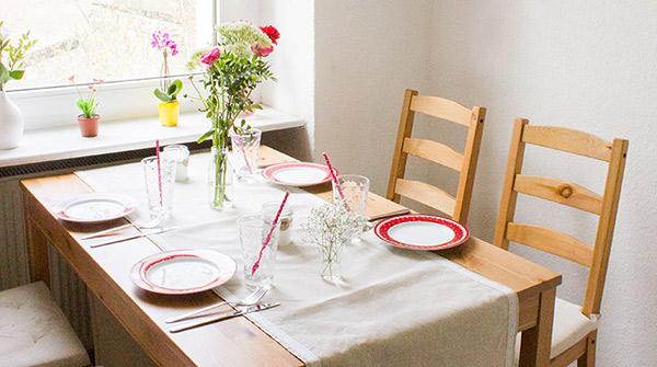 Nähanleitung zur Hochzeit: Einen festlichen Tischläufer selbst nähen ...