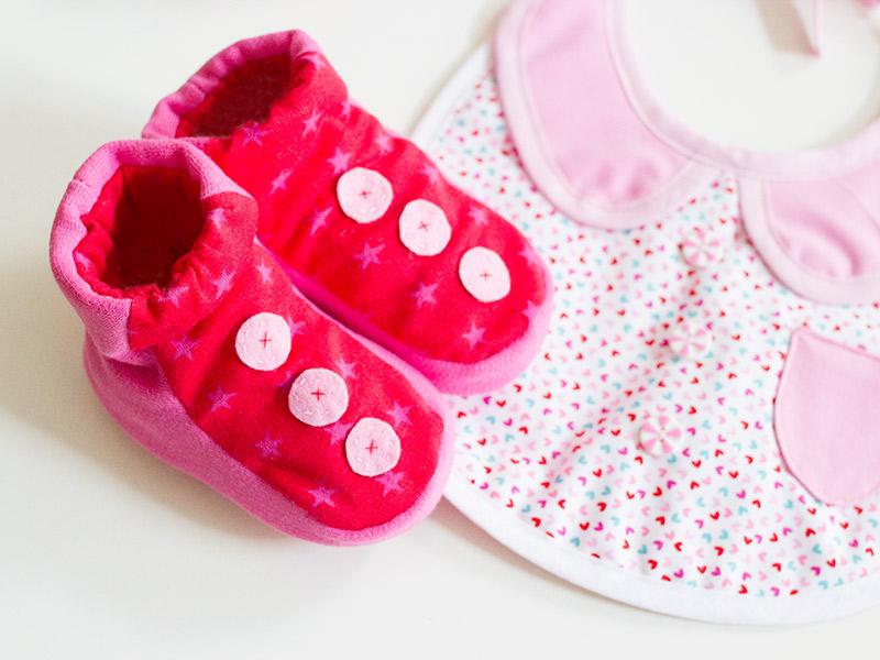 "Baby-Schuhe ""Manege frei!"""