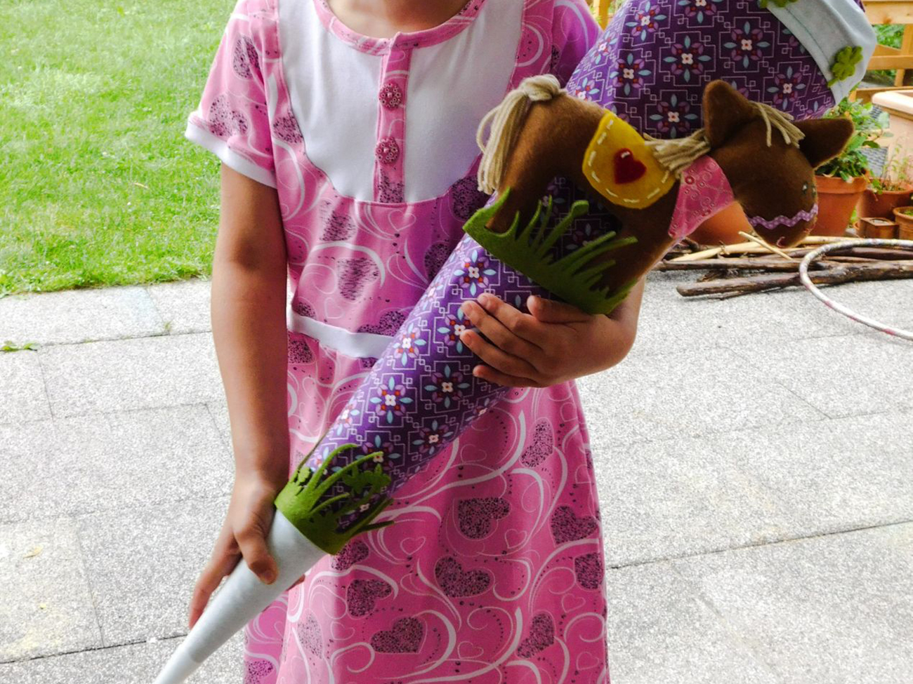 Ein neuer Lebensabschnitt beginnt: Kleid & Schultüte für den Schulanfang nähen