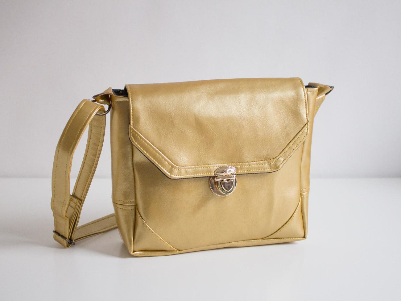 Eine Handtasche für meine Tochter: Mini-Smilla in Gold