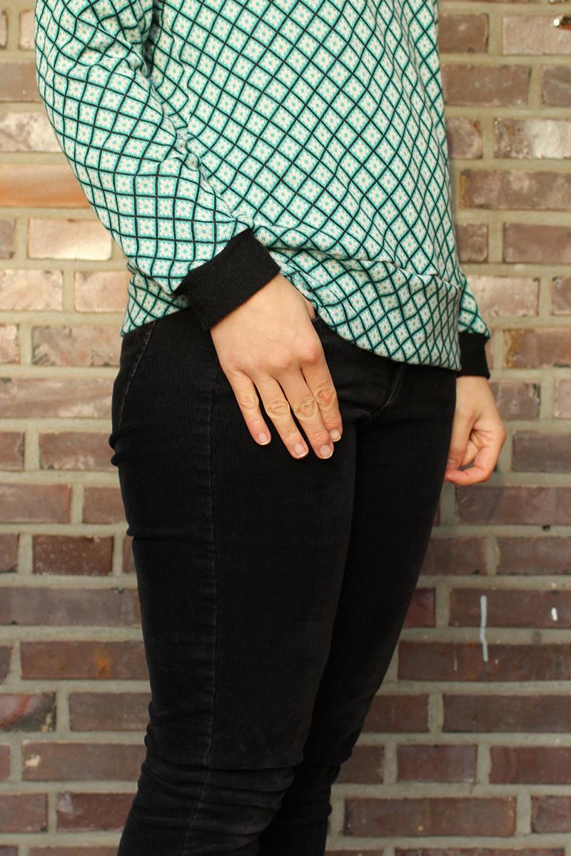 Pullover / Longsleeve für Frauen im Retrostil #schnittmuster #shirt #damen #longsleeve #bio #fairfashion #mode #fashion #nähen