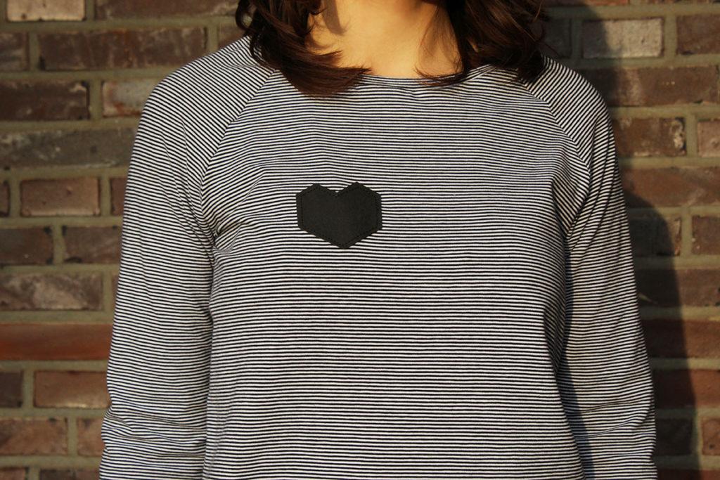 Shirt mit Herz-Applikation